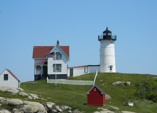 ICONIC NUBBLE LIGHT