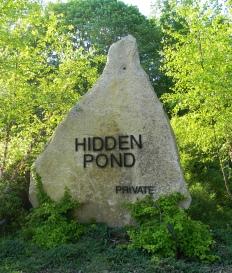 Hidden Pond Sign