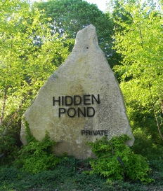 Hidden Pond Sign
