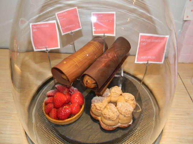 Reve pastries