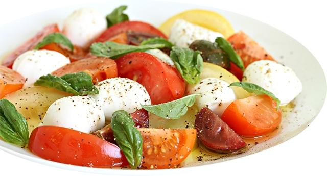 Heirloom tomato 3